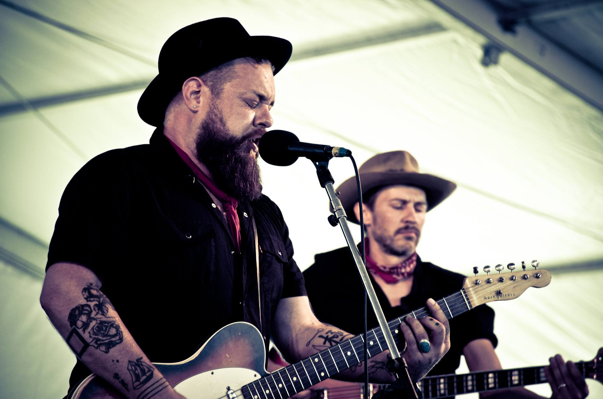 Nathaniel Rateliff And His Tattoos Out Of The Wilderness